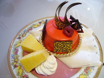 20090705madameshinco_cake2