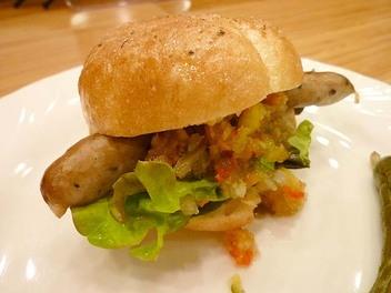 20091009yururi_hotdog