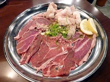 20091106nikuyakiya_turami_horumon