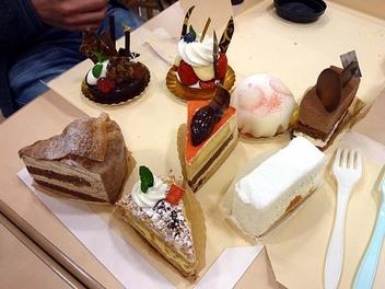20100307eskoyama_cake